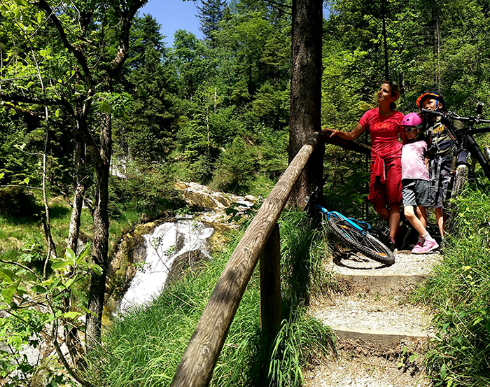 Rauschbergrunde Singletrail Wasserfall