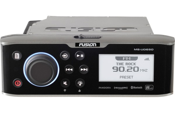 Fusion MS-UD 650 Marineradio