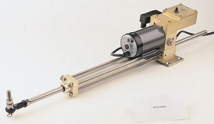 HLD-2000 MK2L Hydr. Linearantrieb mit integrierter Pumpe von Simrad